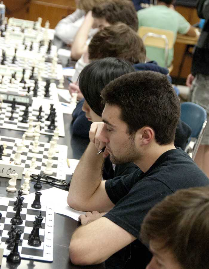 Grandmaster offers his wisdom to Chess Club