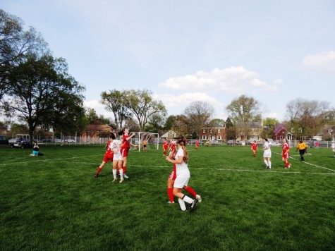 Girls' varsity soccer loses to LT in conference championship game