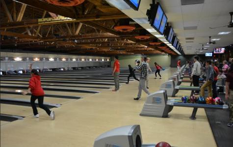 Suburbanite hosts free bowling for team hopefuls