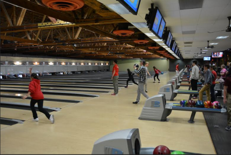Suburbanite hosts free bowling for team hopefuls