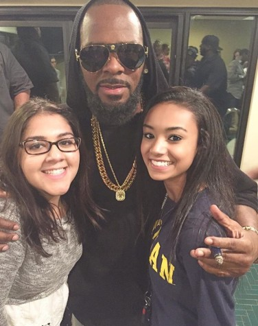 R. Kelly and Snoop Dogg take on Oak Brook