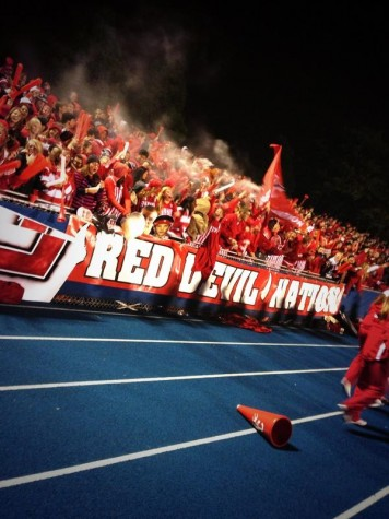 Hinsdale Hypes Up to Beat LT