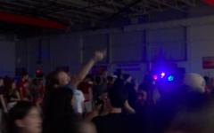 Hinsdale Central starts social year with a bang(er)