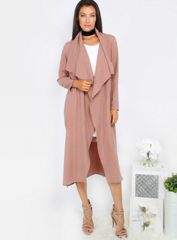 Duster jackets are perfect for a night out or classy occasion.