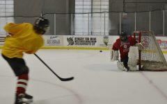 Varsity Hockey to face rival LT