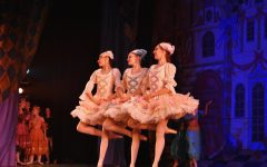 "Salt Creek Ballet performs ""The Nutcracker"""